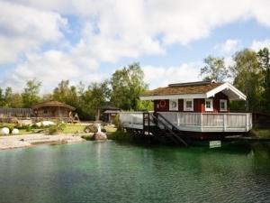 Saunahütte am See_Emden