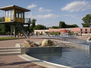 Außenbecken_Wachturm_Aquaplex